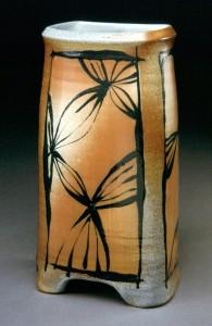 emily-murphy-vase