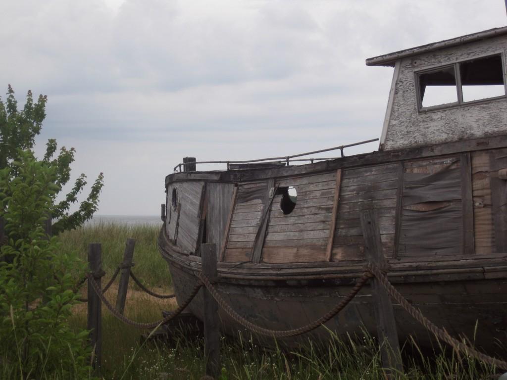 cornucopia-boat