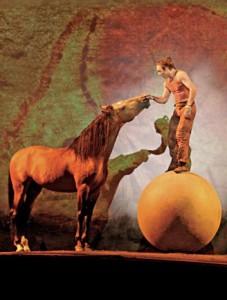 cavalia-ball-kiss