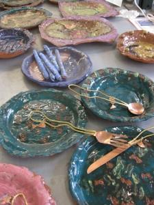 plates-cutlery