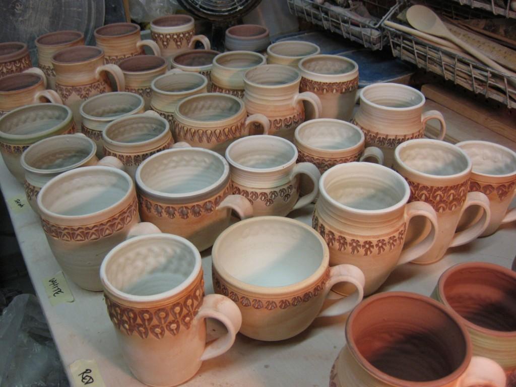 gary-jackson-mug-glazing2