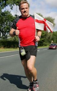 eddie-izzard-running-11