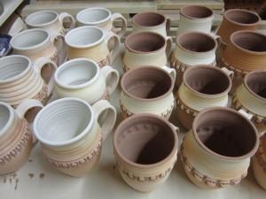 glazing mugs