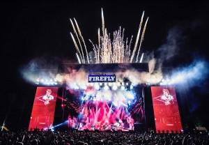 Paul McCartney fireworks